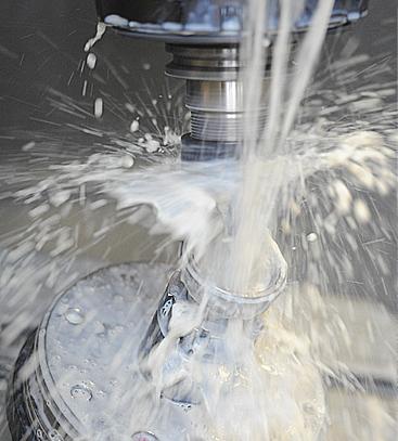 Seep, un fabricant français d'implants chirurgicaux, utilise une huile végétale soluble Blaser.