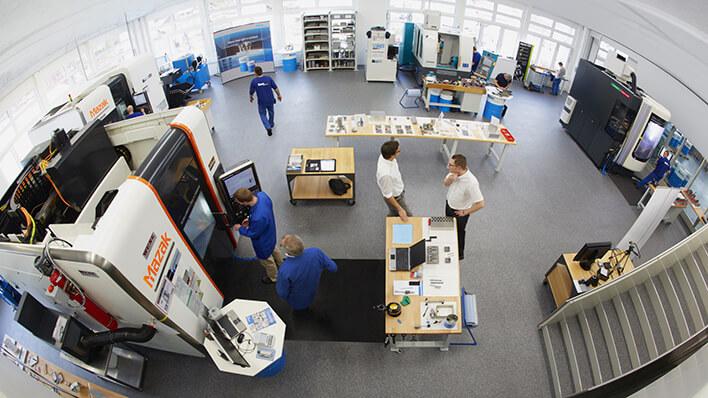 Les essais d'usinage sont réalisés dans le centre technologique pour garantir les résultats techniques et économiques optimums sur les machines des clients